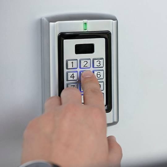5 Things to Consider When Choosing a Home Alarm System