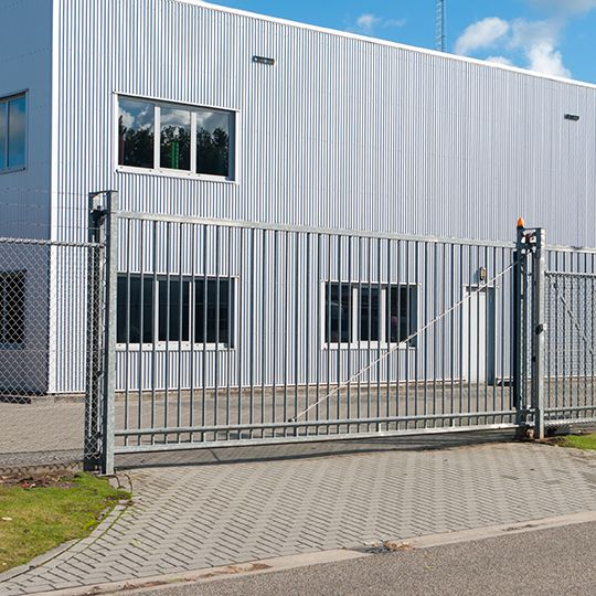 Industrial Gate Selection Keep Your Property Safe With