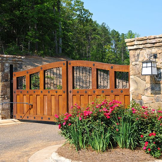 Custom Gates to Match Your Estate