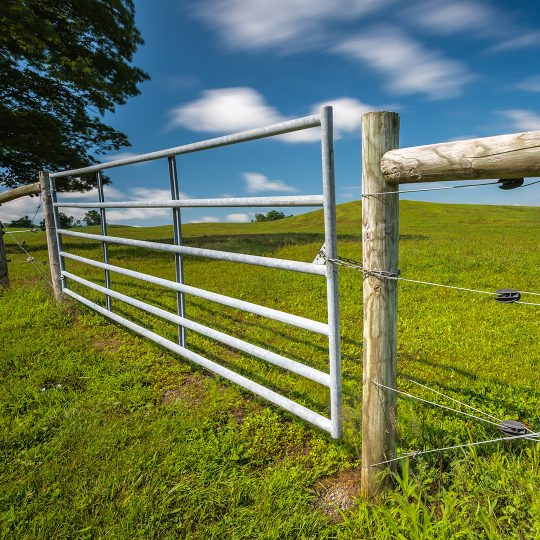 6 Benefits of a Farm Gate
